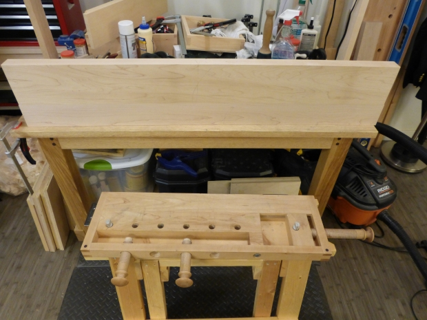 For a size comparison, that's my current clamp-on workbench in the bottom of the frame.